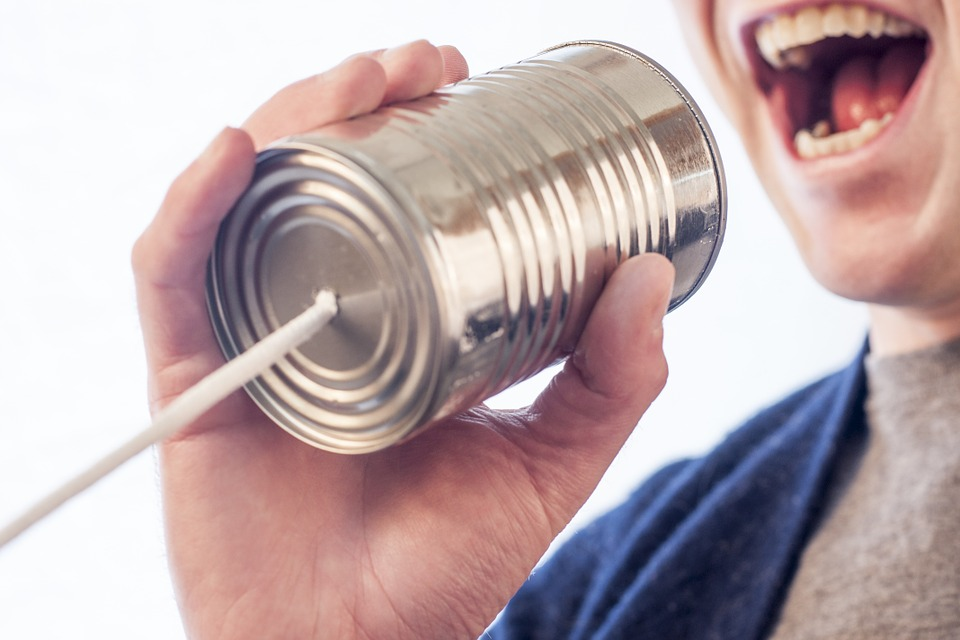speak-238488_960_720